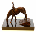 JAMES MAC CARTHY ~ Horse Drinking - bronze series 6/9on granite - 35 x 41 x 20 cm - €3500